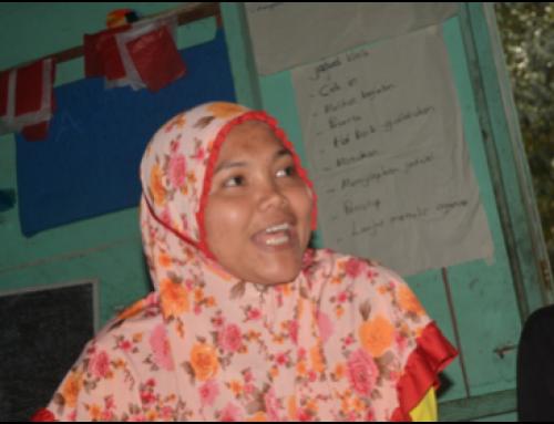 Ani, Tunas Baru Early Childhood Teacher, Barak Induk in her daily life.