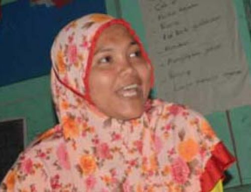 Ani, Tunas Baru Early Childhood Teacher, Barak Induk in her daily life.